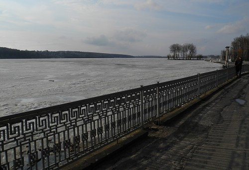 ternopil_lake_ice