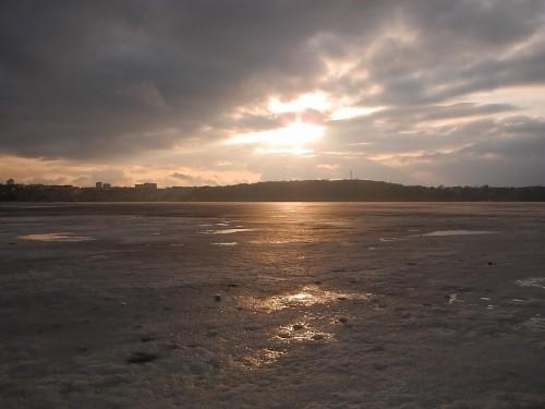 ternopil_lake_ice2